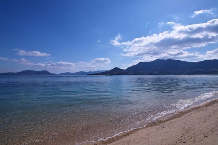 広島県大久野島の砂浜