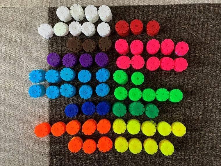 tebrconブロックを色ごとに分けた写真