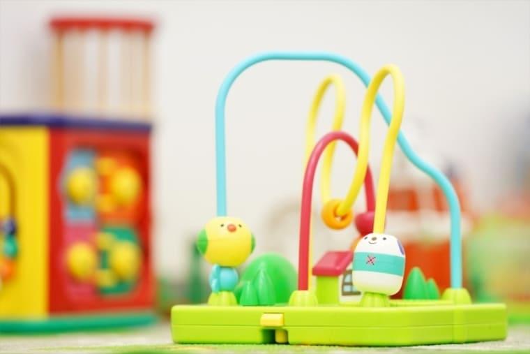 赤ちゃんの知育玩具